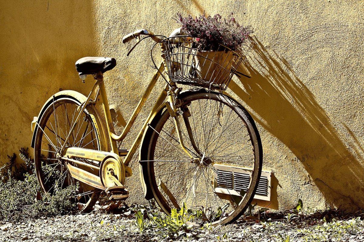Każdy pasjonat jazdy rowerowej z pewnością wyczekuje, aż wszelkie śniegi i lody opuszczą już w zapomnienie.